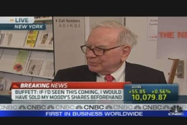 Buffett to Face Crisis Commission