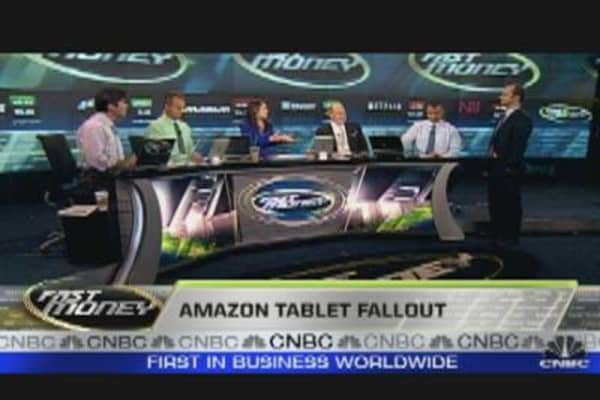 Amazon Sells Off Despite Tablet Hopes