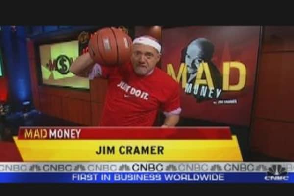 Cramer's 10 Stock Picking Tips: Nike