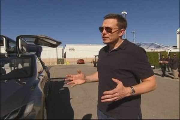 Tesla's New Model X: Electric Minivan/SUV