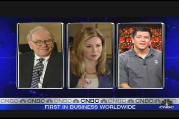 Buffett Sees Stronger Economic Future