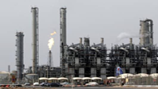 Oil refinery and petrochemical complex, Mahshahr, Iran,