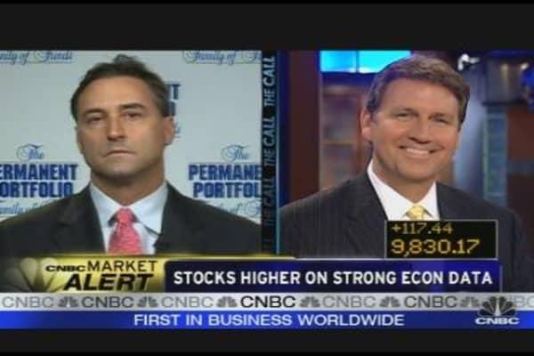 Economic Bull vs. Bear
