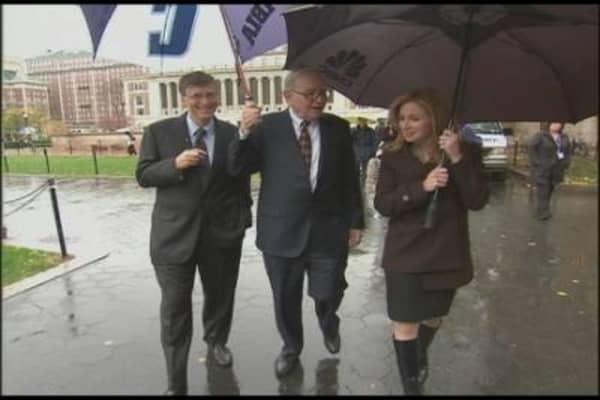 Buffett & Becky Walk & Talk