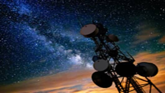 milky-way-radio-tower-200.jpg