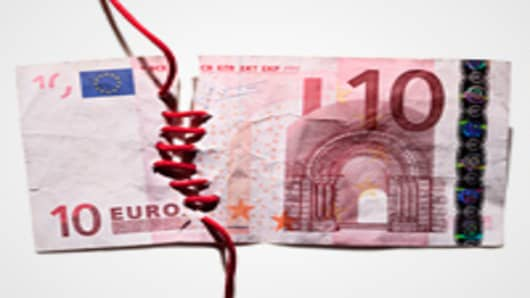 euro-note-sewn-together-200.jpg