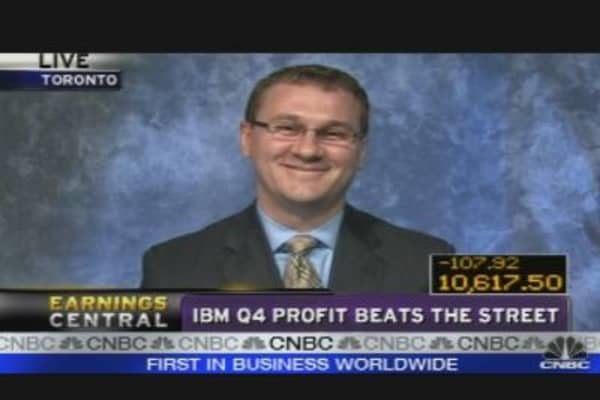IBM Q4 Profit Beats the Street