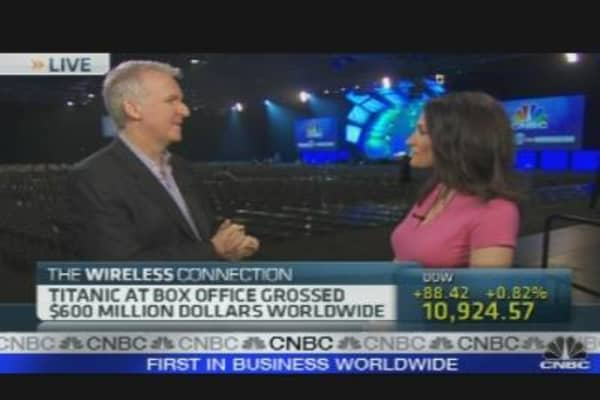 James Cameron on Hollywood's 3D Push