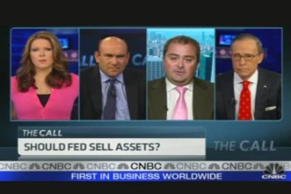 Should the Fed Sell Assets?
