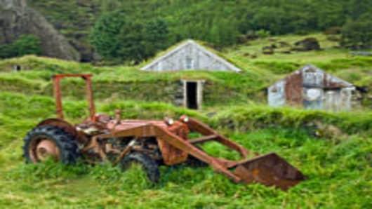 Abandoned_Farm_200.jpg