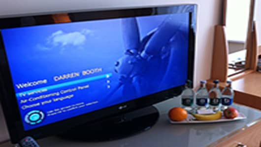 Hotel-TV-DB-200.jpg
