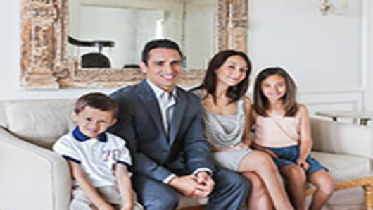 welathy-family-200.jpg
