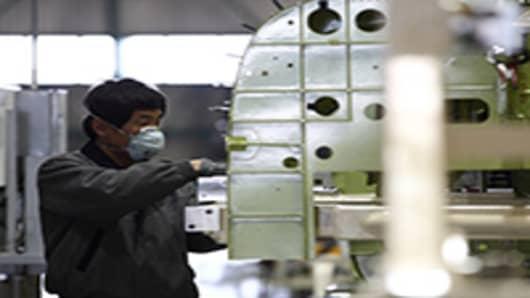 Korean-worker-200.jpg