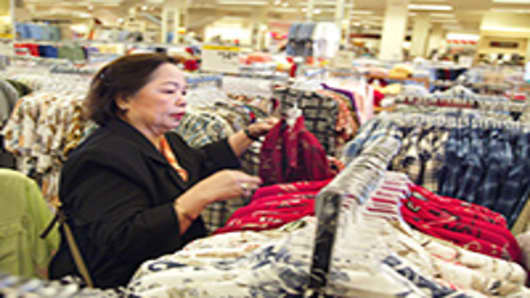 woman-shoping-clothes-200.jpg