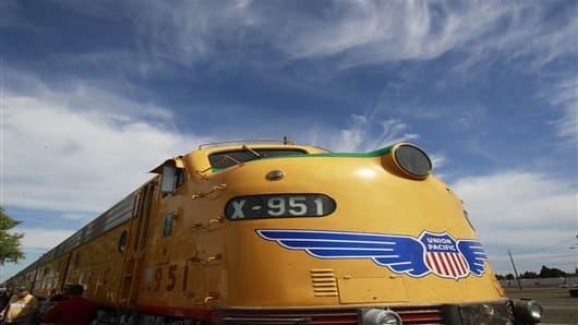 union pacific railroad earns--1990239663_v2.jpg