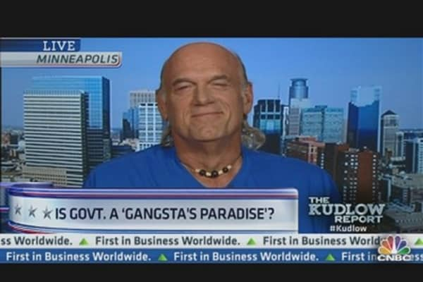 Is the Government a 'Gangsta's Paradise'?