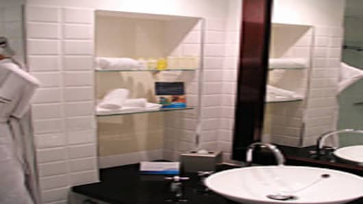 Radisson Blu Sydney Bathroom
