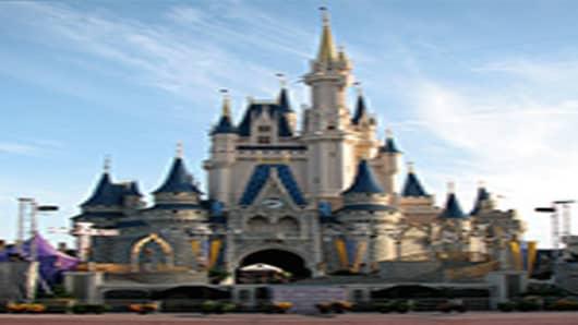 Walt-Disney-Cinderella_Castle-vert-200.jpg