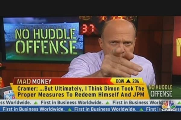 No Huddle Offense: Cramer's Take on JPMorgan