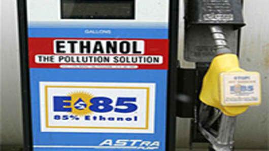 ethanol_pump-200.jpg