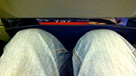 coach-seat-pinch-01-200.jpg