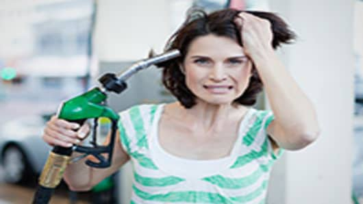 frustrated-gas-consumer-200.jpg