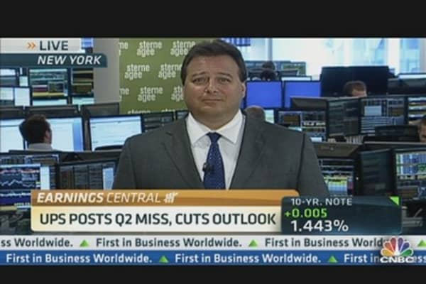 UPS Posts Q2 Miss & Cuts Outlook