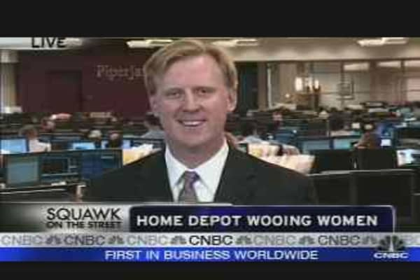 Home Depot Woos Women