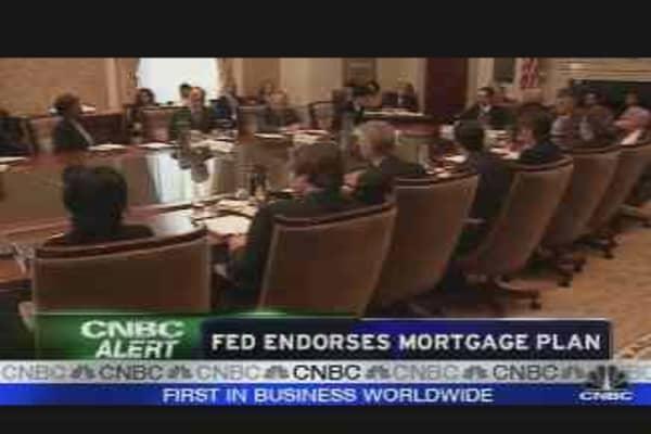Fed Endorses Mortgage Plan