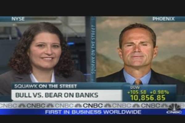 Bull vs. Bear on Banks