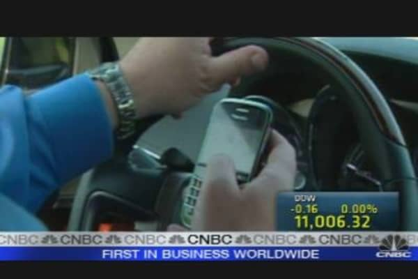 Banning Texting, Calling & Driving?