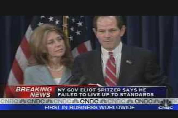 NY Governor Eliot Spitzer Apologizes