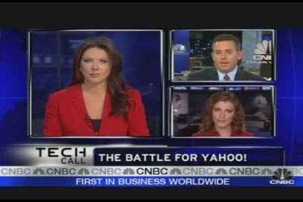 Battling for Yahoo