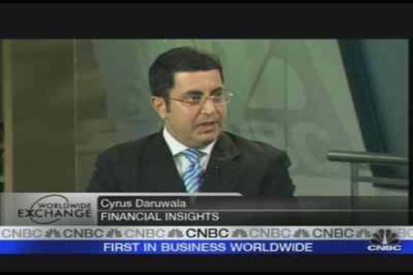 HSBC Profit Falls, Shares Dip