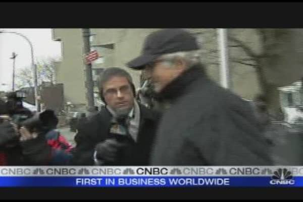 Madoff Leaves NYC Courthouse