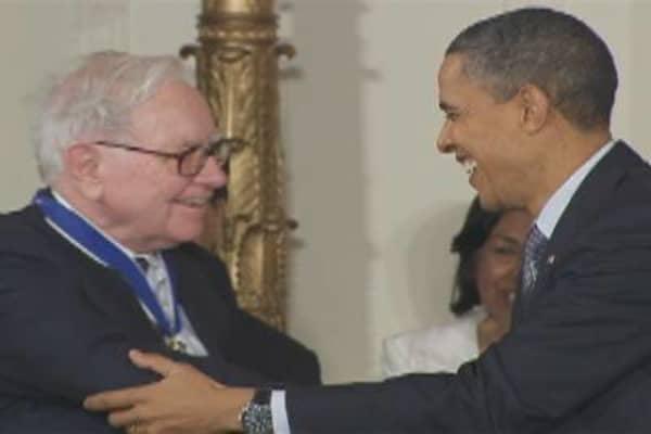Buffett Receives Medal of Freedom