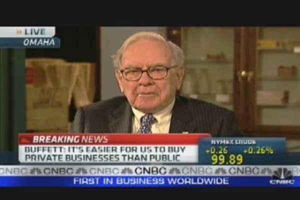 Buffett: I Don't Need to Be 'Schmoozed'