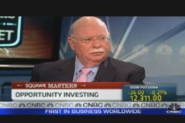 Steinhardt: Buffett Has Media Conned
