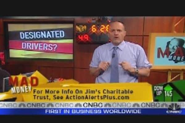 Cramer Bullish on Auto Recovery
