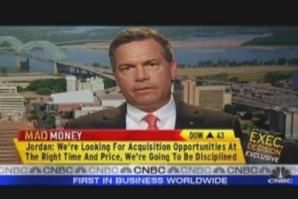 FHN CEO Talks Earnings