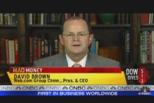 Cramer Intrigued by WWWW