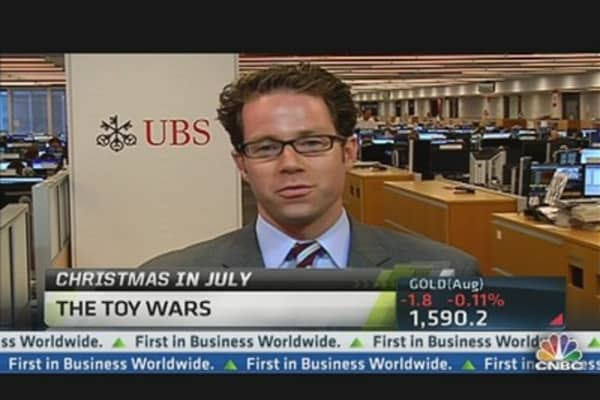 Toy Wars: Christmas in July