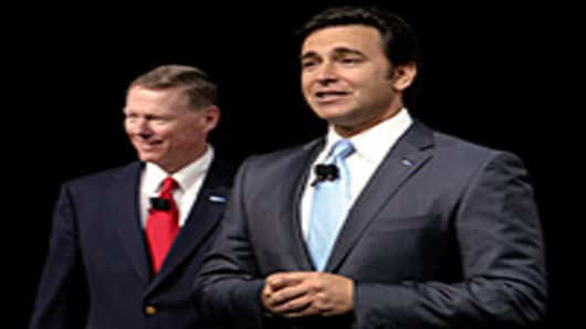 Mark Fields, president of the Americas for Ford Motor Co., right, and Alan Mulally, the company's president and chief executive officer.