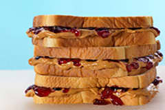 peanut-butter-jelly-sandwich-200.jpg