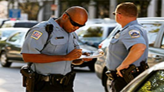 police-officers-writing-ticket-200.jpg