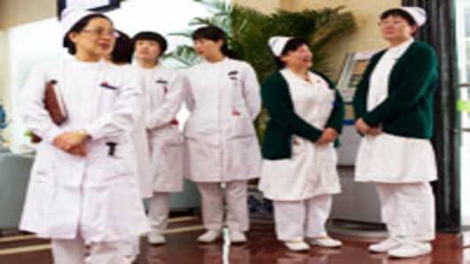 chinese-nurses_200.jpg