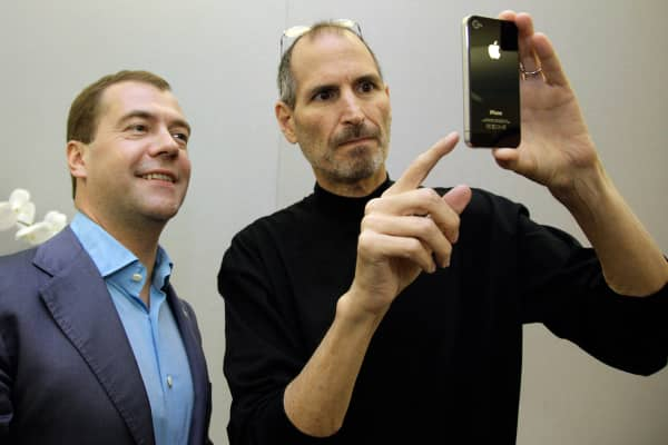 Russian President Dmitry Medvedev receives an iPhone 4 from Apple CEO Steve Jobs on his tour of Silicon Valley on June 23, 2010.
