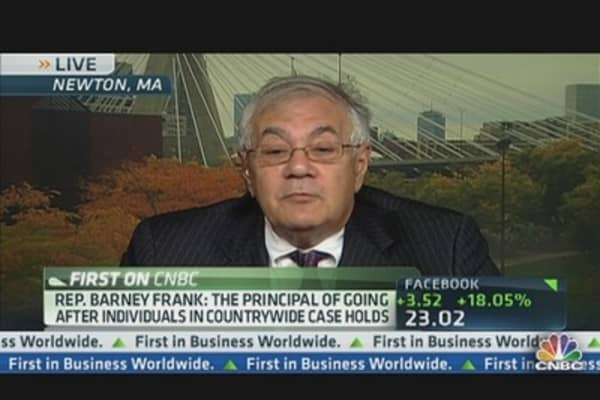 Barney Frank Comes to JPMorgan's Defense