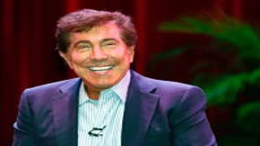 Wynn Resorts Chairman and CEO Steve Wynn smiles during a news conference.