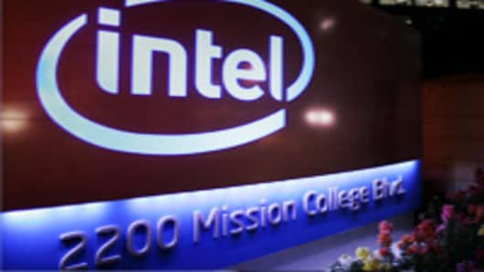 Intel Earnings Beat, but Outlook Is Light